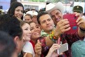 Enrique Peña nieto otra selfie