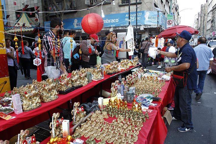 Barrio chino en m xico celebra a o de la cabra quadrat n for Espectaculo chino en mexico