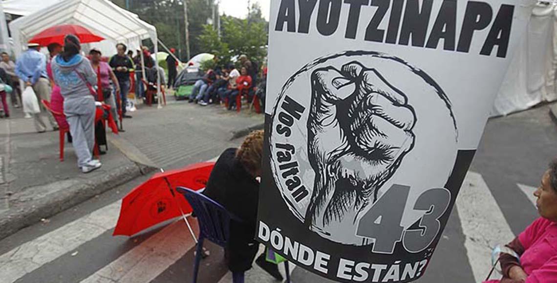 planton ayotzinapa RA reforma
