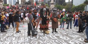 marcha 2 años ayotzinapa LC3