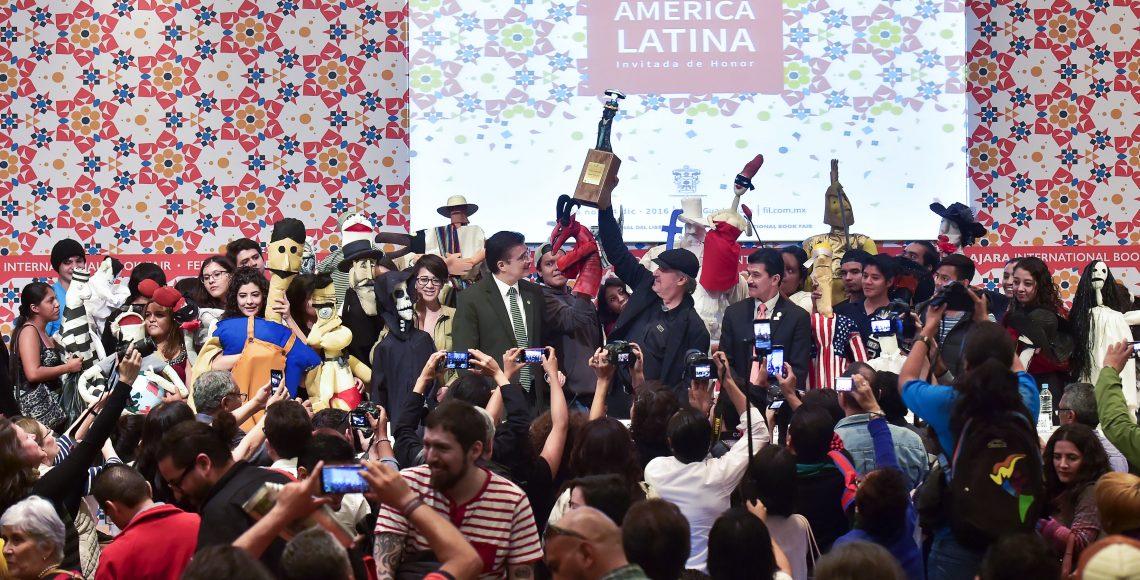 Homenajean a caricaturista Ángel Boligán con La Catrina en FIL - Quadratín