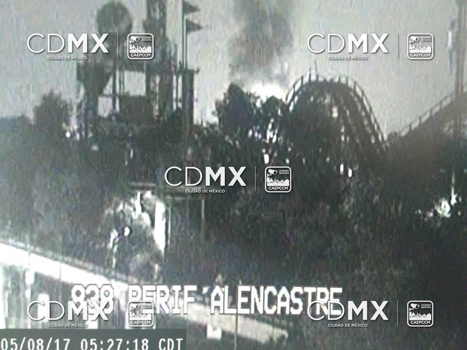 Reportan incendio en la Feria de Chapultepec