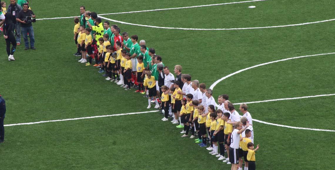 Tricolor de leyenda cobra revancha y vence a Alemania
