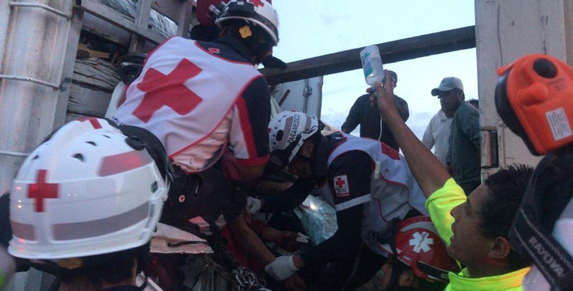 Mueren dos personas por carambola en libramiento Toluca-Lerma #VIDEO