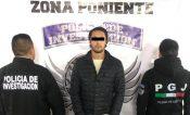 Detienen a 2 hombres que mataron a taxista en Santa Fe para no pagarle