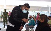 Adultos deben ver llenado y jeringa vacía durante vacunación en CDMX